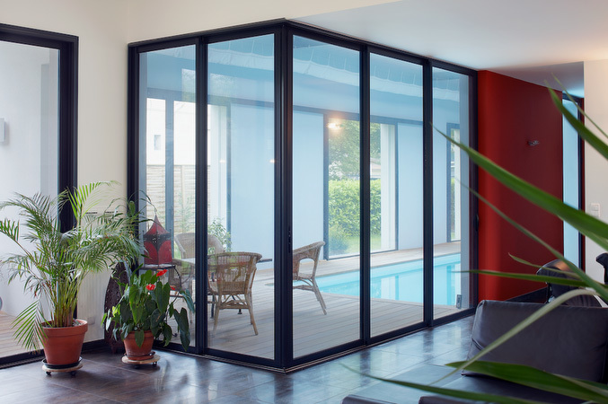 27 MM ITALIAN PLUS TWO MAAN WITHOUT COLLAR THREE TRACK SLIDING WINDOW SYSTEM