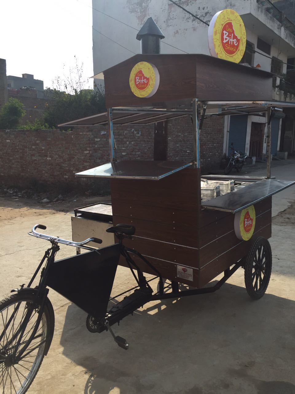 Bar-be-que on tricycle