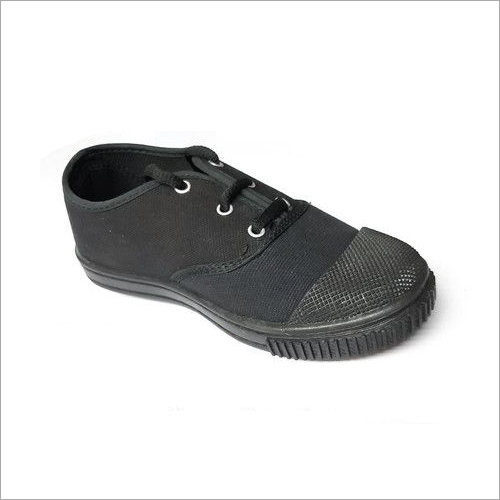 Black Canvas Tennis Shoes