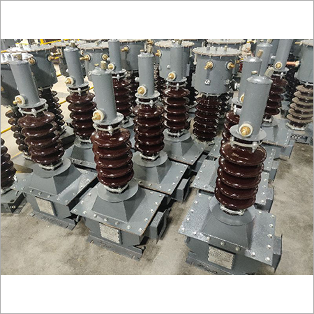 Outdoor Oil Cooled Voltage Transformer
