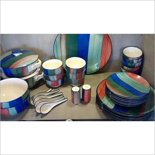 Ceramic Hand Painted Lining Dinner Set