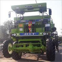 4 4 combine harvester