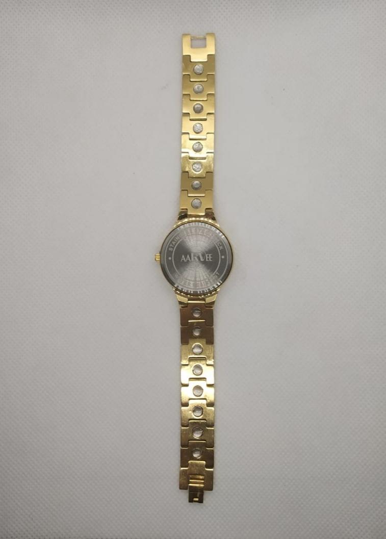 AARVEE Bio Megentic watch