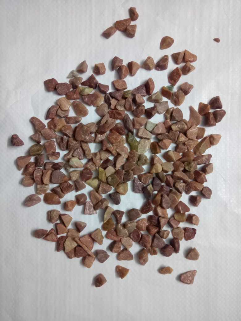 Wholesale natural pink agate polished chips for artificial decoration in home