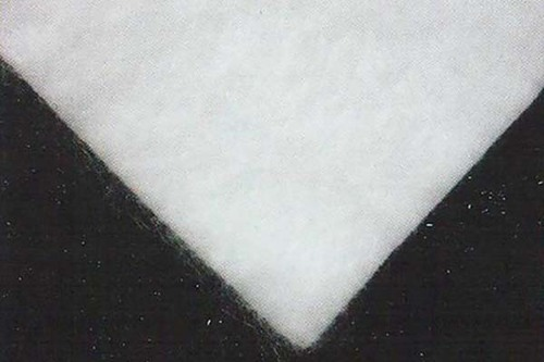 Filament spunbonded and needlepunched nonwoven geotextile (PET)