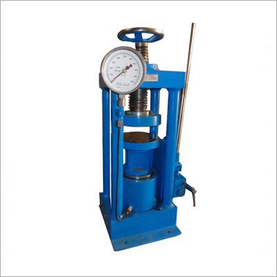 Four Pillar Model 100 Ton Compression Testing Machine