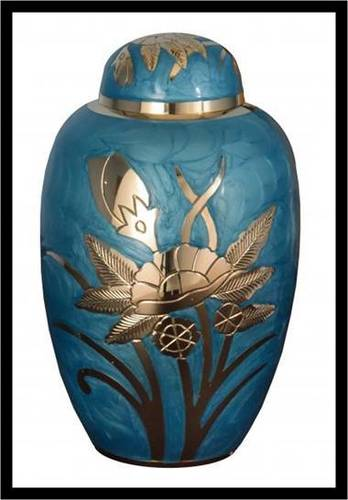 Dome Top Urn