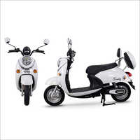 Yogo Trendy Electric Scooty