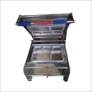 Semi Automatic 5 Box Thali Sealing Machine Certifications: Ce