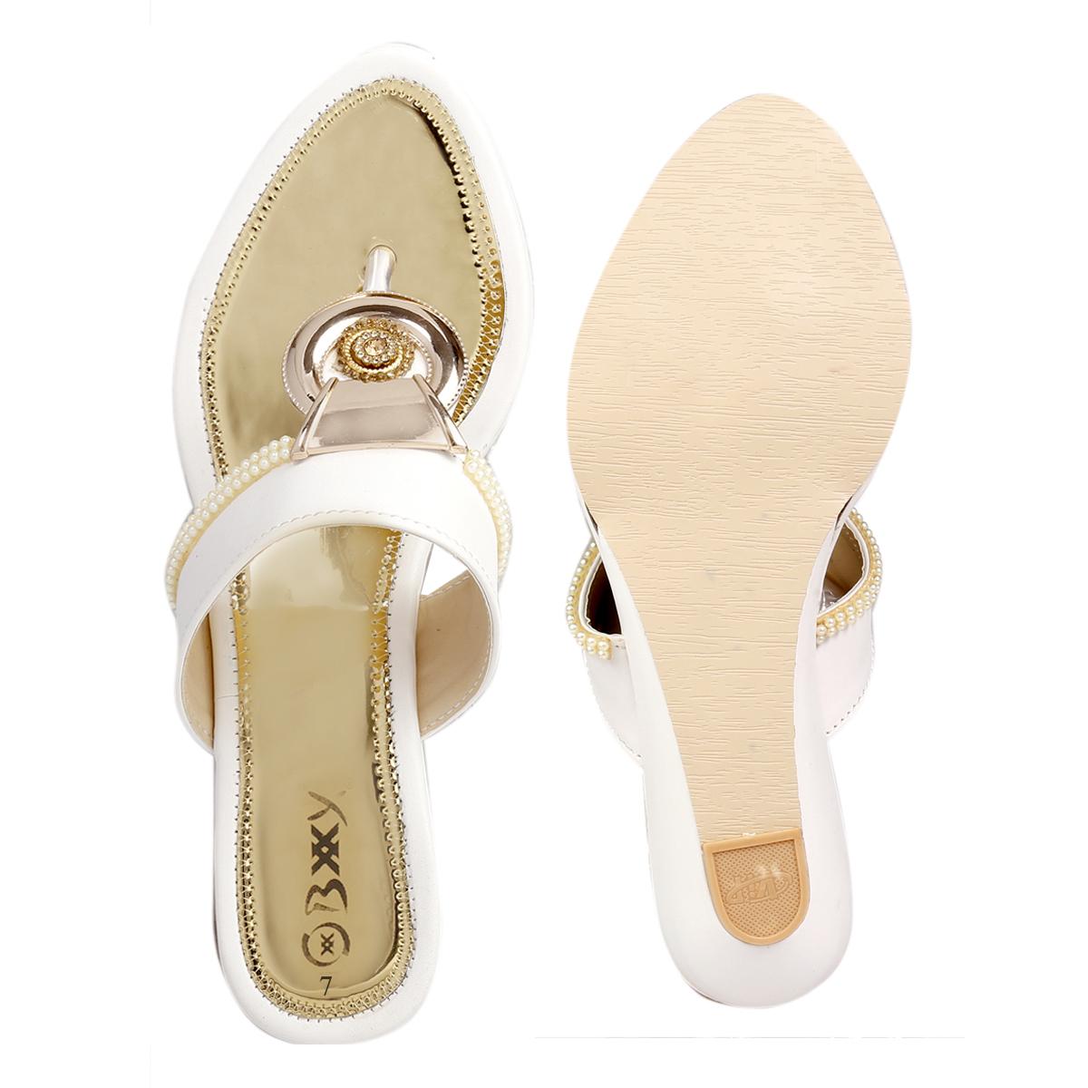 Ladies Plain Sandals