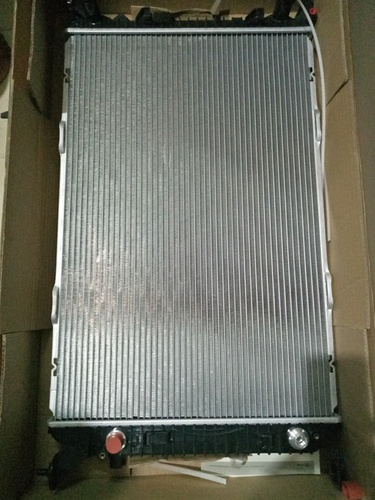 BMW Car Radiator - Radiator for BMW X3 - 525d Radiator