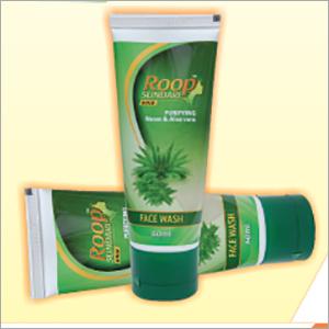 Roop Sundari Gold 60 ml Neem Tulsi & Aloevera Facewash