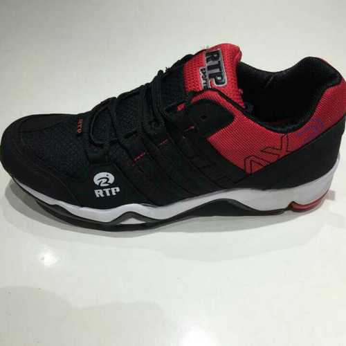 Sports shoes supplier