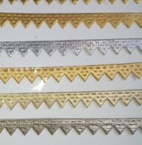 Cutwork samosa lace