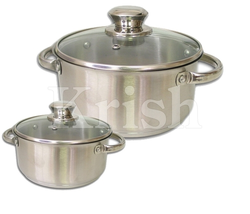 Encapsulated Regular Casserole with Riveted Steel Handle