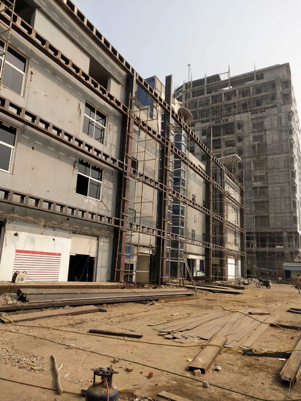 8 STOREY STEEL BUILDING