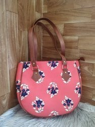 Round Tote Hand Bags