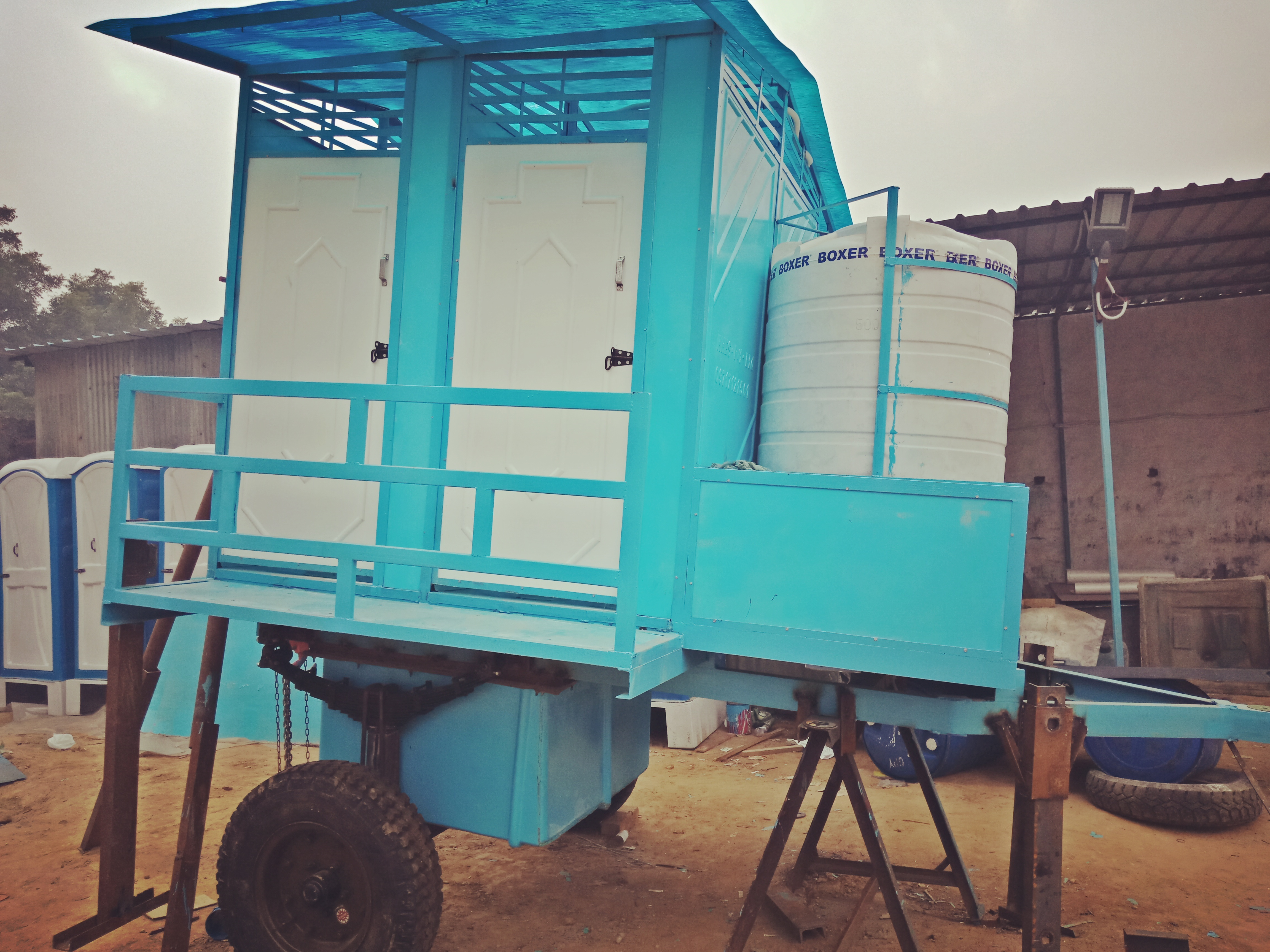 4 SEATER MOBILE TOILET TROLLEY