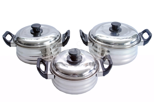 Deep Queen Dish Set with Bakelite Handle-4 Pcs