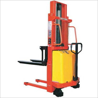 Easy To Operate Semi Electric Pallet Stacker