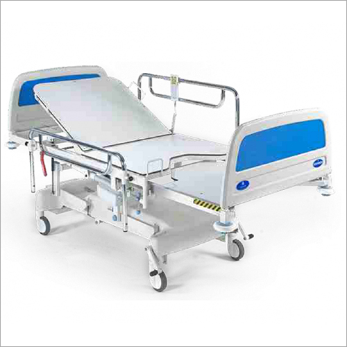 Recovery Bed with Swing Type side Railings And astors (SS Bows)