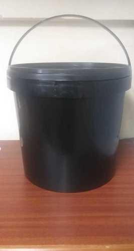 Round Plastic 5 kg Black Bucket