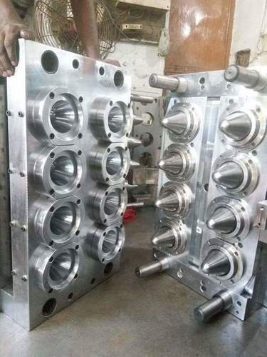 Plastic Preform Mould