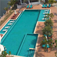 3 Star Hotel Swimming Pool
