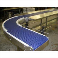 90 Degree Bend Modular Conveyor Belt With Work Table