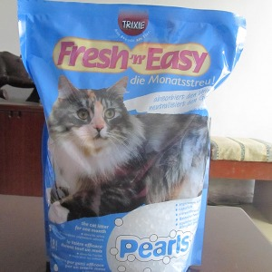 Crystal cat litter