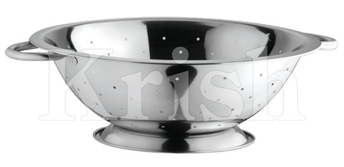 Shallow Colander with pipe Handle