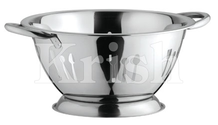Deep Colander with Cutlery Cutting