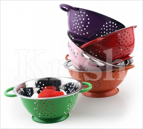 Deep Colanders With Color