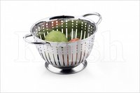 German Colander With Capsule Cutting & Wire Handles