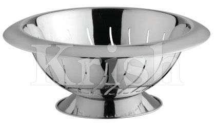 Wide Collar Deep Colander With Waves Cut