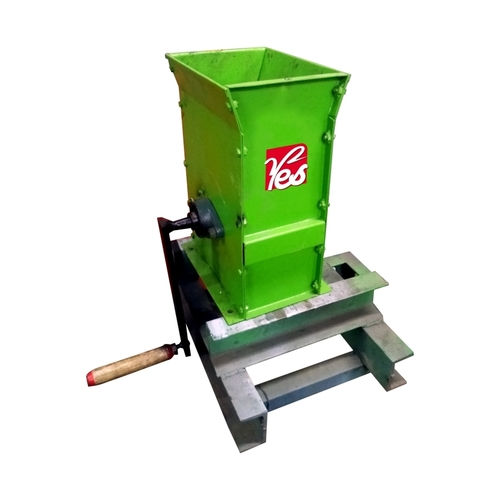 Hand Operated Shredder