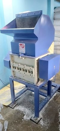 PET Bottle Shredder Machine