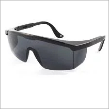 Zoom Safety Black Goggle