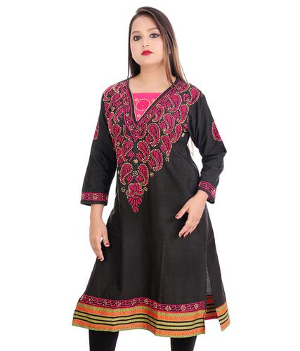 Cotton Straight Lucknowi Chikankari Kurti