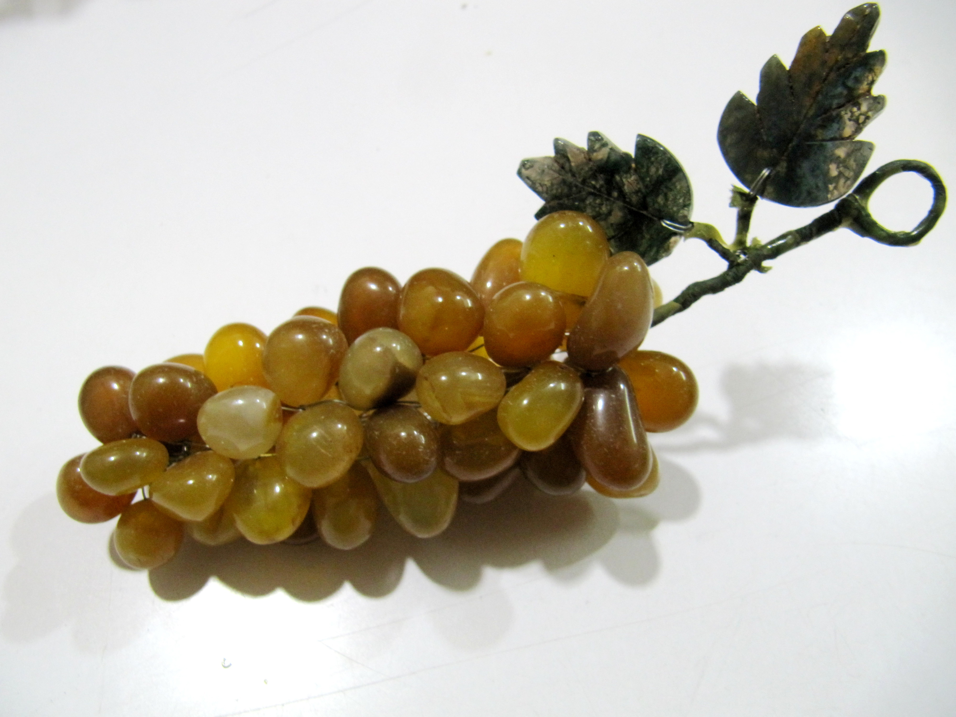 Natural Yellow Jade Stones Grapes Cluster Fake Fruits Decoration Approx 4 inches