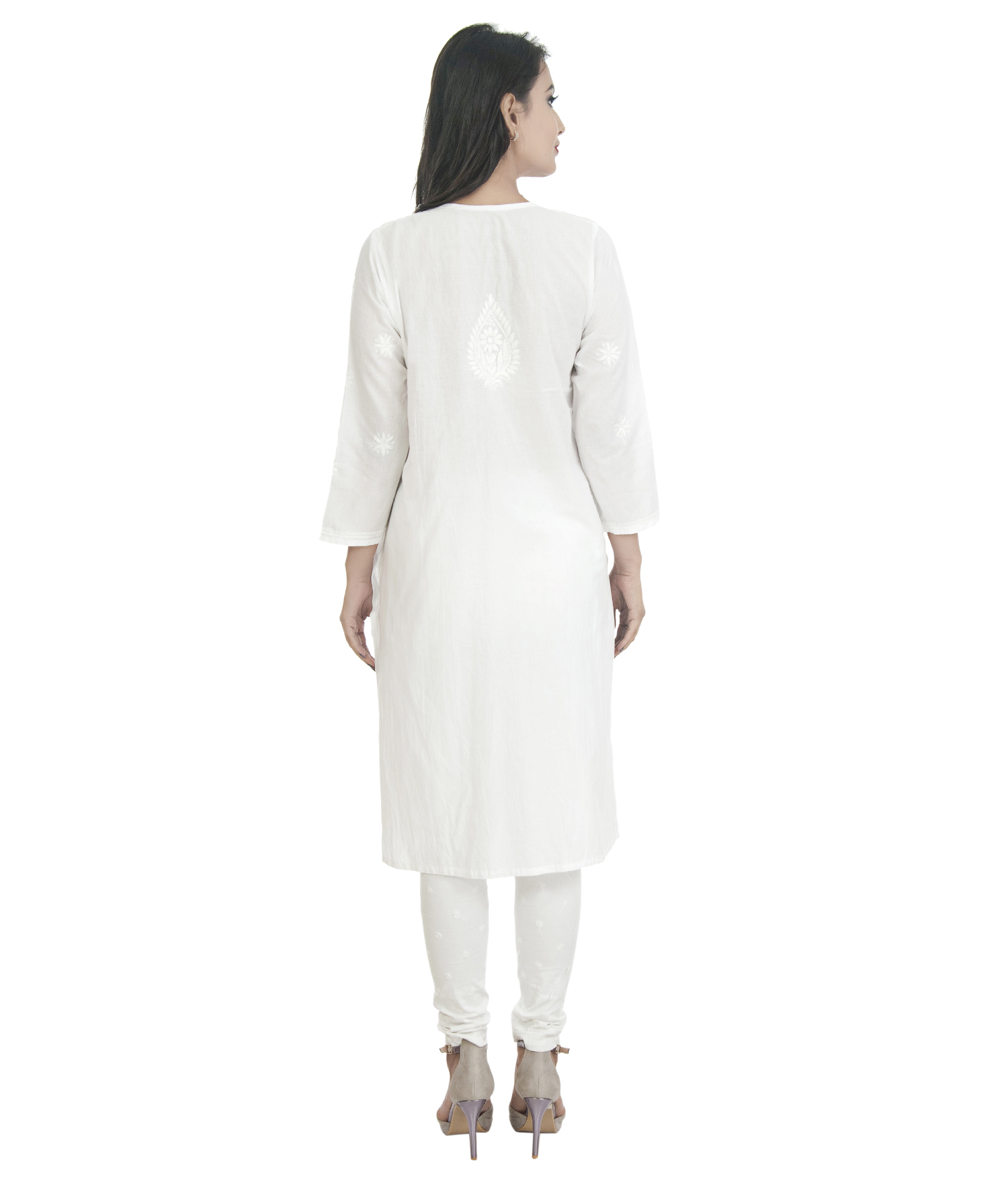 Ethnava Embroidered Cotton Straight White Lucknowi Chikan Kurti