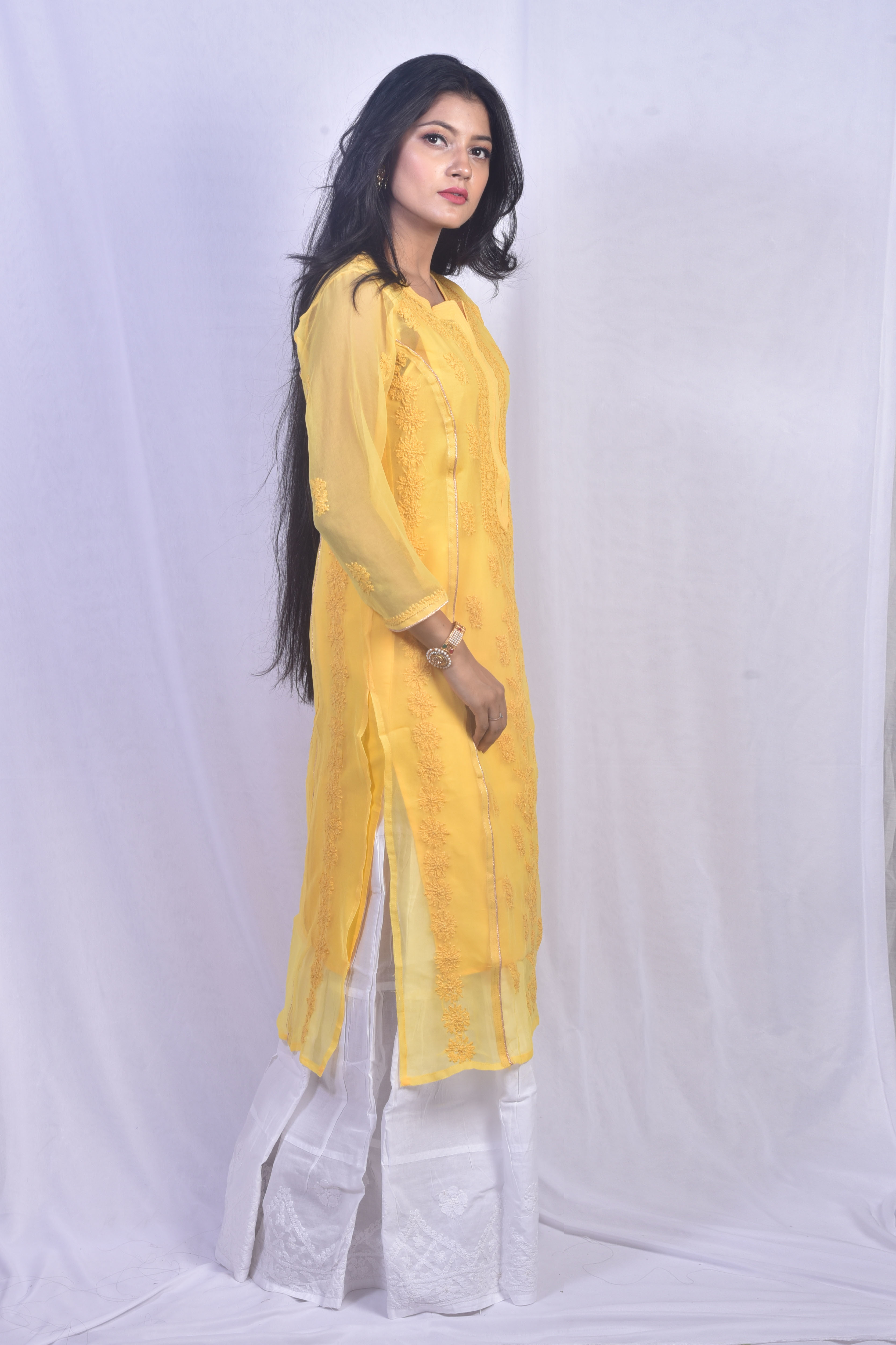 Ethnava Hand Embroidered Georgette Lucknowi Chikankari Kurti
