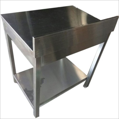 SS Work Table With Under Shelf