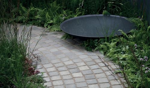 Kandla Grey Cobble Stones