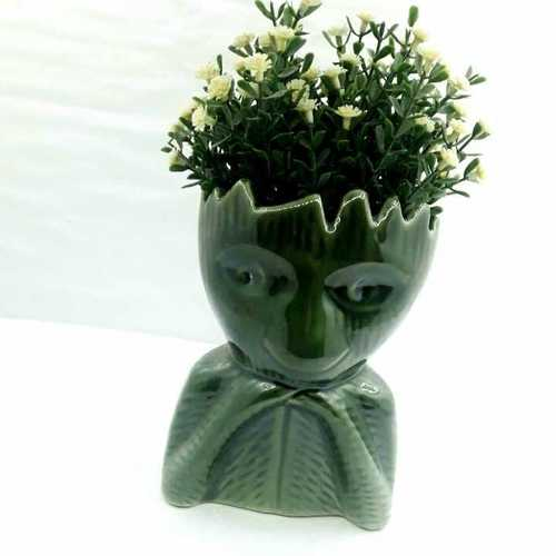 Small groot shape pot