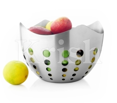Flora Fruit Bowl With Round Cutting