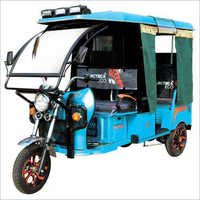 Kinetic E Rickshaw With Windshield