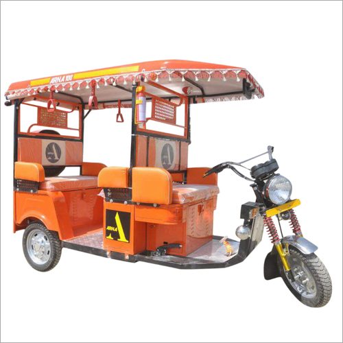 6 Seater Battery Operated Passenger E-Rickshaw