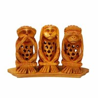Wooden monkey set undercut