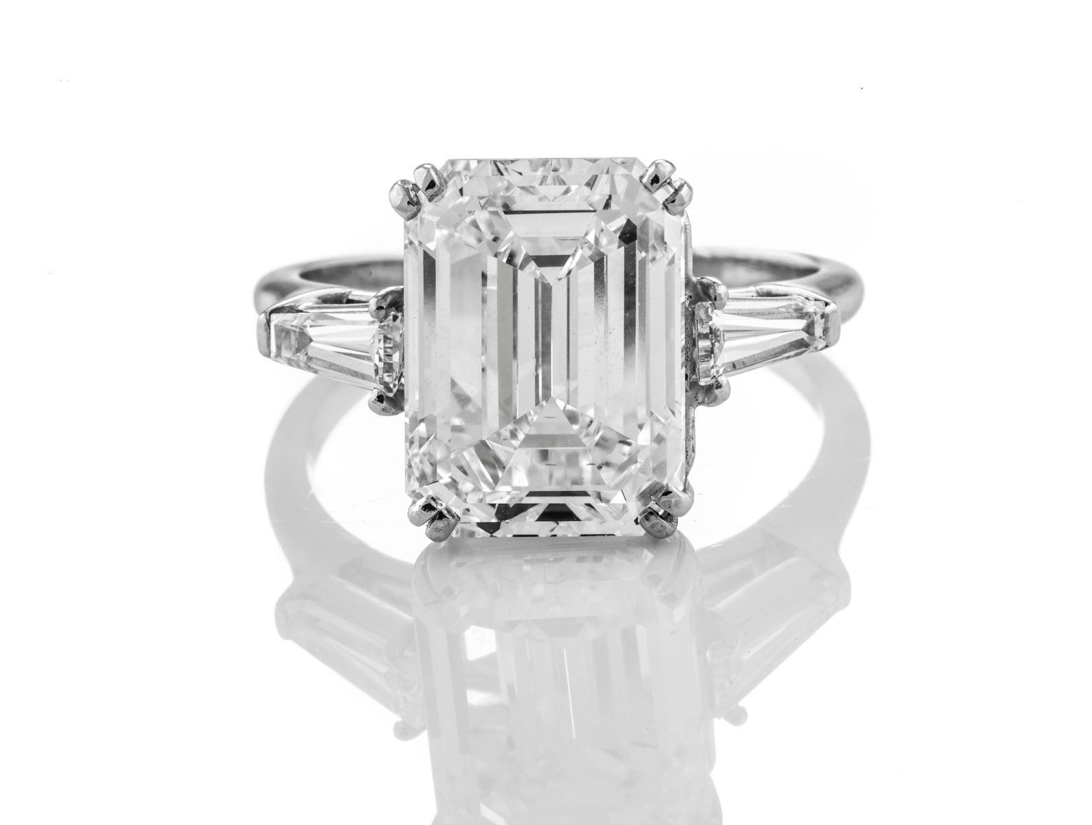 Emerald Diamond 4.00ct F VVS2 Shape IGI Certified CVD TYPE2A